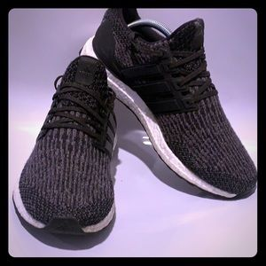 Men's ADIDAS ULTRA BOOST Caged running shoes